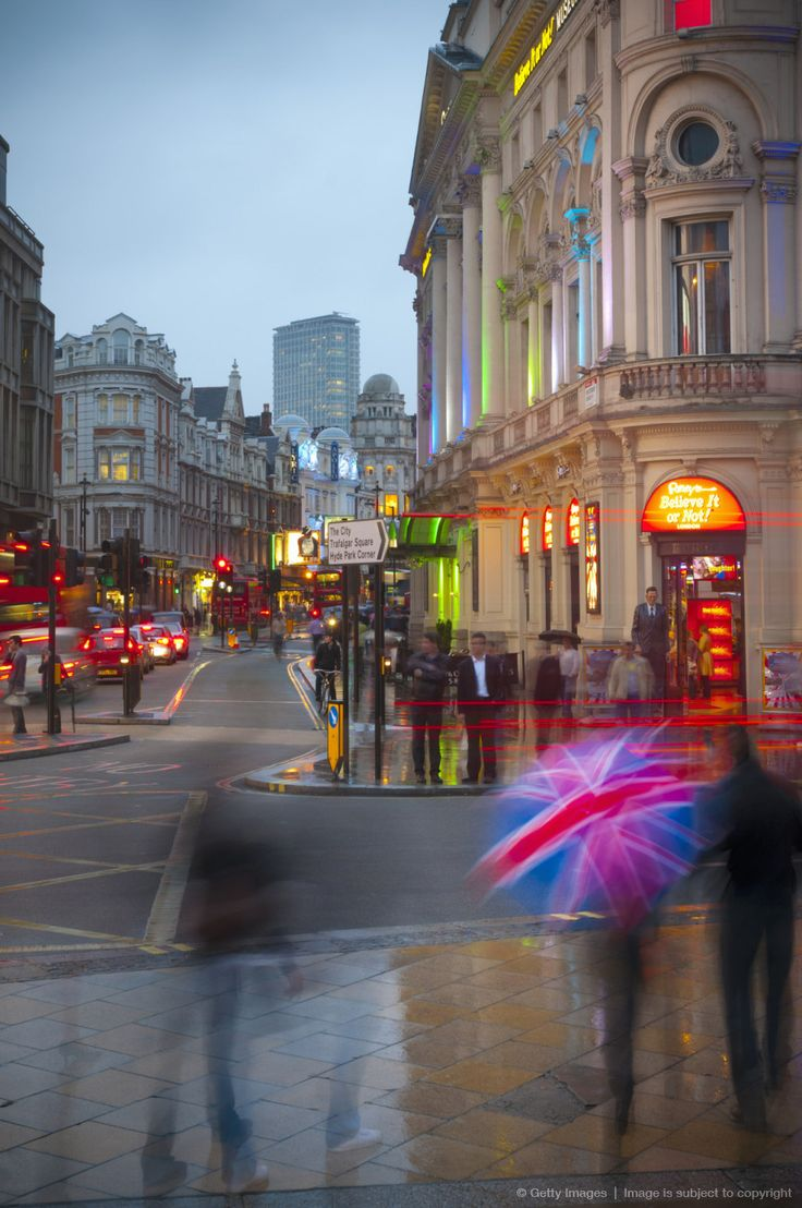 London, Piccadilly Circus and Shaftesbury Avenue: