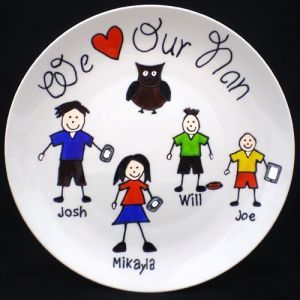 WE (HEART) OUR DADDY/POP/GRANDPA PLATE, PERSONALISED - 5 CHARACTERS