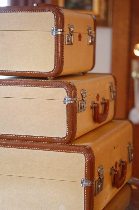 Best 20  Old luggage ideas on Pinterest | Vintage suitcases, Old ...