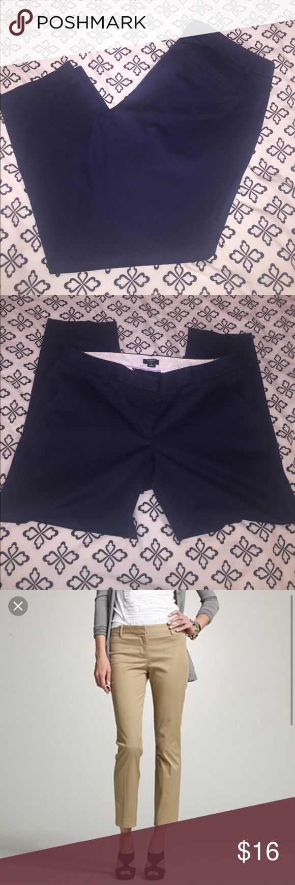 J Crew City Fit pants Gently used navy pants. Color is still vibrant no signs of fading. Measurements are as follows: laying flat 18 inches across where belt loops are located, length 34 inches. They do stretch :) OFFERS WELCOMED 🎀 J. Crew Pants Ankle & Cropped