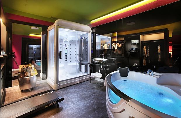 17 images about relax e felicit jacuzzi in camera - Hotel con piscina in camera ...