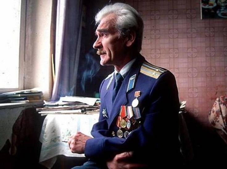 Πέθανε ο Στανισλάβ Πετρόφ, ο αξιωματικός του σοβιετικού στρατού, που κατάφερε να αποτρέψει έναν πυρηνικό πόλεμο το 1983, επειδή απλά ...έκανε τη δουλειά του!