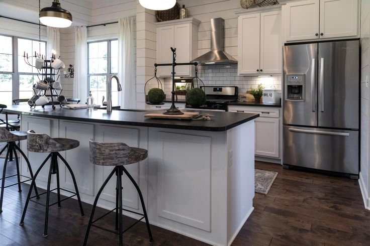 New Kitchen Cabinets Memphis Tn