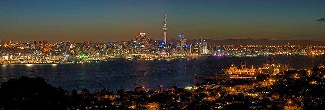Auckland Anniversary Day by Peter Knott
