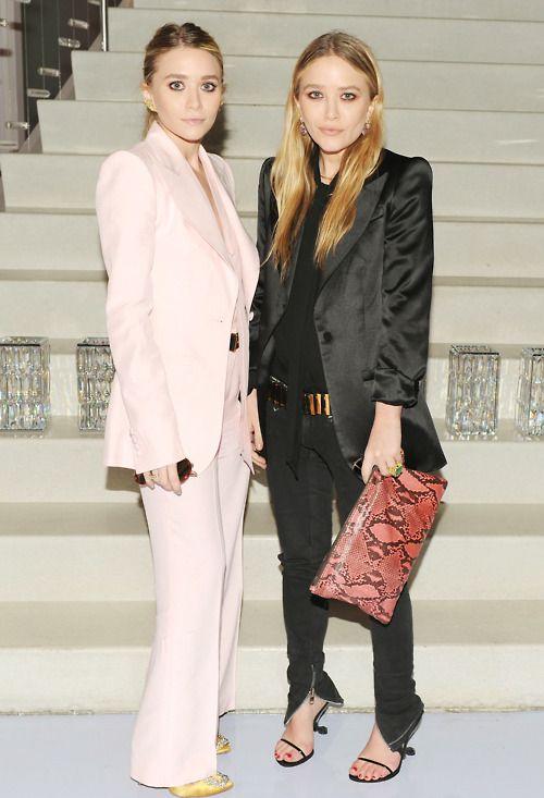 Mary-Kate Olsen & Ashley Olsen