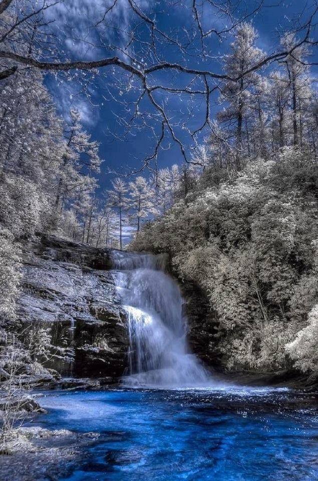Secret Falls, Nantahala National Forest, Highlands, North Carolina, USA.
