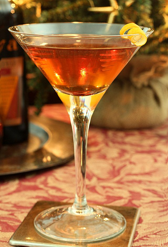 Prefer your Manhattan with Sweet Vermouth and a Cherry or Dry with a Lemon Twist? Or maybe you want it Perfect!