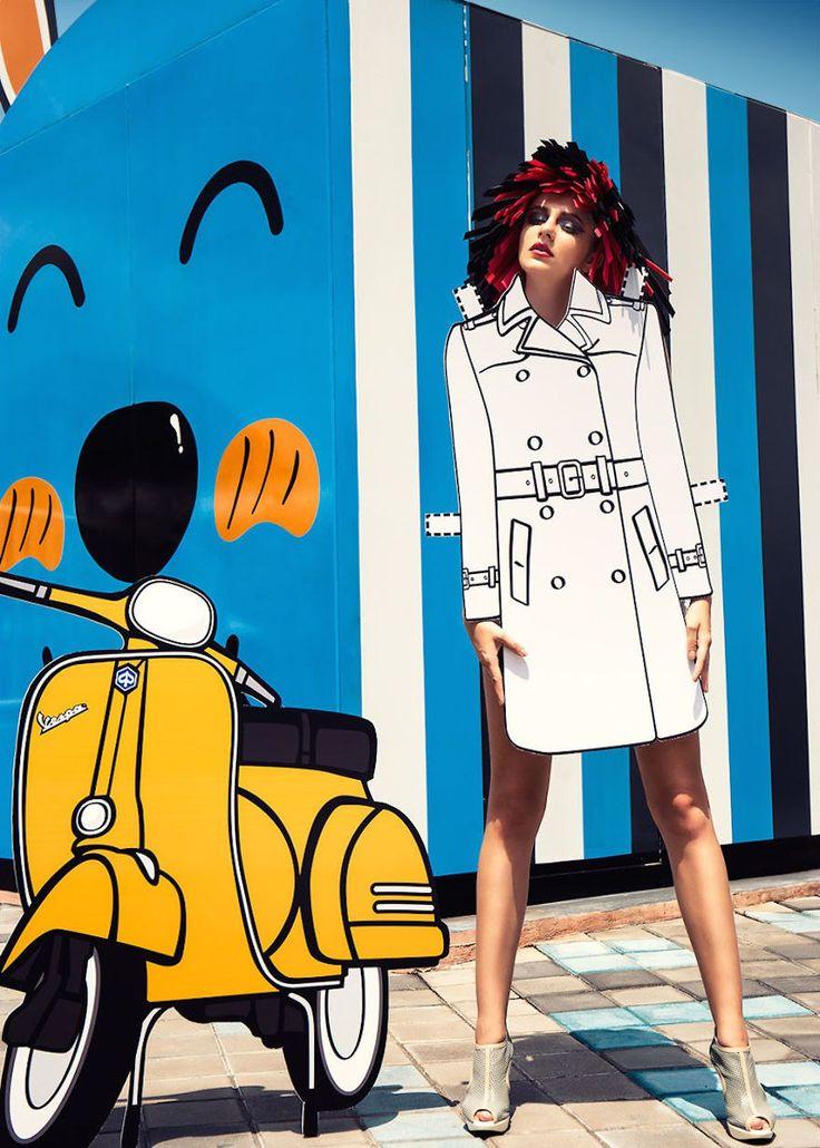 Фотограф с Тайваня Аякс Ли представил краткую историю моды от 1930-х до 2010-х годов в самых ярких её образах. Эскизы костюмов он напечатал на картоне так, словно это вырезки из журнала одежды для бумажной куклы.