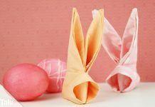 Servietten Hasen falten für Ostern – Anleitung für einen Osterhasen