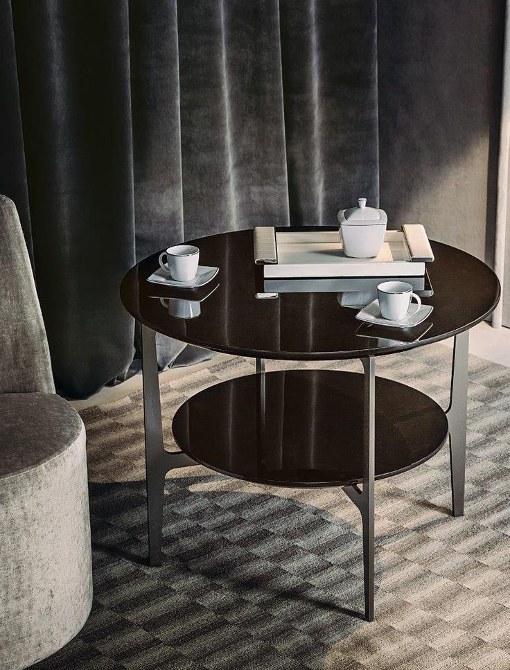 DUPRE' small table by Roberto Lazzeroni for Casamilano home collection, proposed with polished lacquered tops.