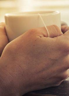Diese Tipps helfen gegen die Übelkeit in der Schwangerschaft: http://www.gofeminin.de/schwangerschaft/tipps-gegen-ubelkeit-in-der-schwangerschaft-s1580244.html