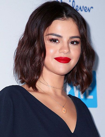 23 Selena Gomez Kurzes Haar Selena Gomez Pinterest Frisuren