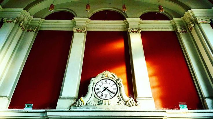 'Trinity Time' May 28 2017  #vlogdave #photography #photographer #photographyislife #hamm #clock #architektur #archictecture #beautiful #uhr #station #bahnhof #time #trinity #colors #colorful #exploring #explorer #neverstopexploring #picoftheday #diewocheaufinstagram #instagood #instadaily #instapic