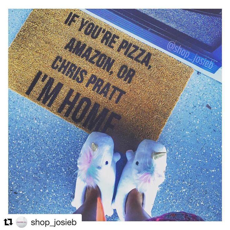 @shop_josieb We love pizza too!