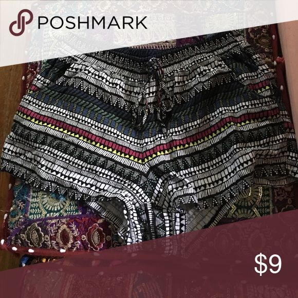 Aztec print shorts Very comfortable, cloth material. Aztec pattern BeBop Shorts