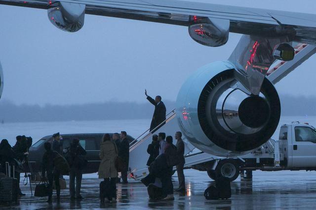 Ritorno negli Usa di Barack Obama, atterrato nel Maryland - Primopiano - Ansa.it