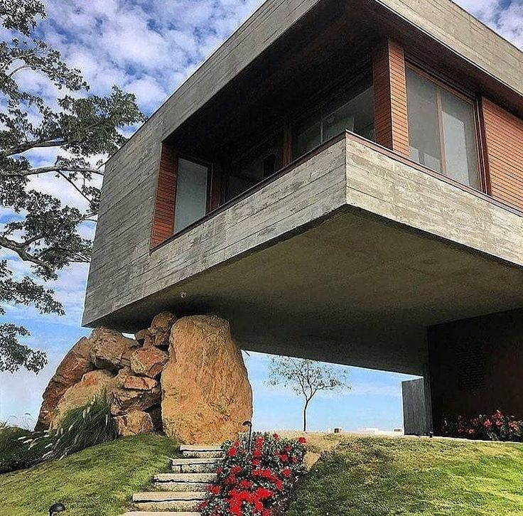 _ Esta casa parece realmente impressionante! O que você acha da pedra …   – Architektur