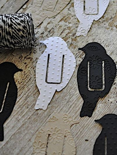 Bird bookmark - Make using craft paper.