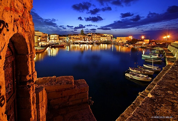 One more photo from the old, Venetian harbor of Rethimno town, Crete, Greece. (by Hercules Milas)