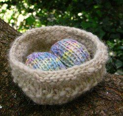 46 best knitting easter images on pinterest free knitting the prettiest knit easter egg patterns negle Gallery
