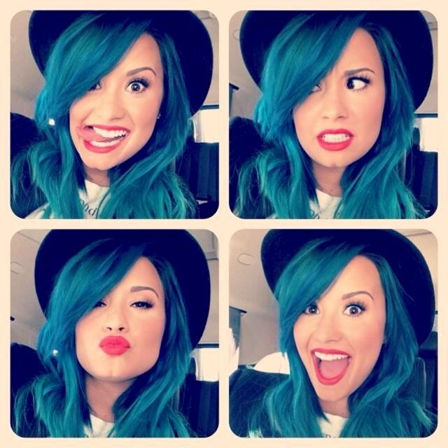 Demi Lovato - Blue Hair