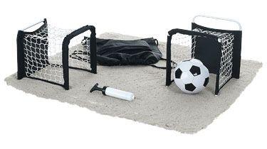 Reta a tus amigos a este divertido juego de fútbol que incluye 2 mini-porterías, mini balón e hinchador. http://www.regalodeempresagsr98.es/regalos-merchandising/futbol-playa-100005/
