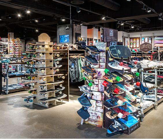 Titus, Berlin (Germany) #Oktalite #retail #lighting #shop
