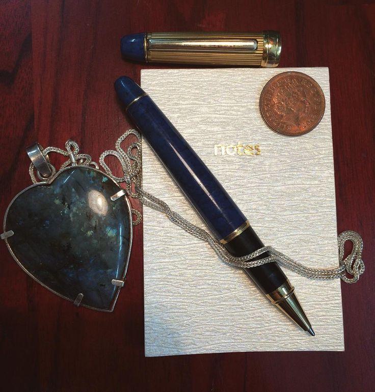 Những kinh nghiệm quý giá mà chúng ta học hỏi được từ những ghi chép của mình  #labradorite #coin #oldcoin #old #notes #gemstone #jewelry #accessories #pen #cute #passion #feeling #photo #photomanhhung #like4like #followme #photography #saigon #explore http://tipsrazzi.com/ipost/1524002155056755697/?code=BUmV-KxFnPx