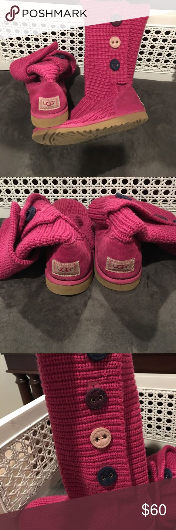 Hot Pink UGG tall/fold down boots with buttons These UGG boots are very original!  We bought them while in Miami on vacation.  They look great worn tall and folded down.  The boot size is a ladies 6.  But my daughter wore a 7 when we purchased them.  The bizarre thing is that she now wears a 9 in ladies shoes - and these UGGs still fit her (but very snug) ?  Considering she was a size 7 when purchased.....these boots will fit a ladies shoe size range from 7 - 8.5.  Excellent condition.  Come…