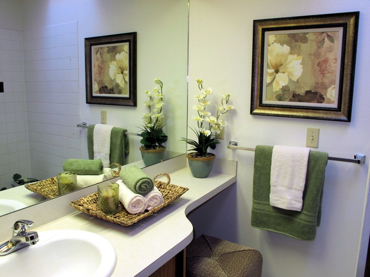 1000 images about bathroom ideas on pinterest for Staging bathroom ideas