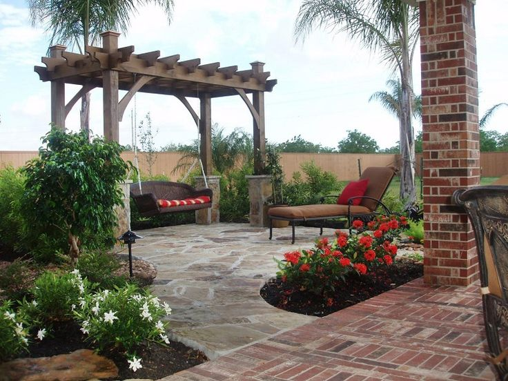 elegante patio con flores