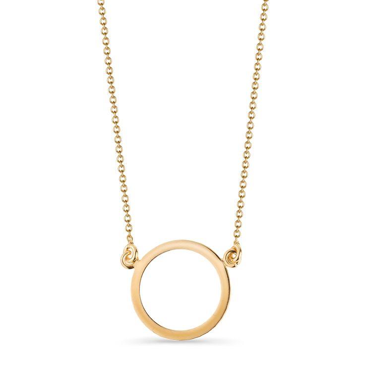 Naszyjnik, wykonany z żółtego złota próby 375, jest propozycją dla osób, które lubią proste, ponadczasowe formy i biżuterię do noszenia na co dzień. Złoty naszyjnik będzie pasował do każdej okazji i stylizacji.
