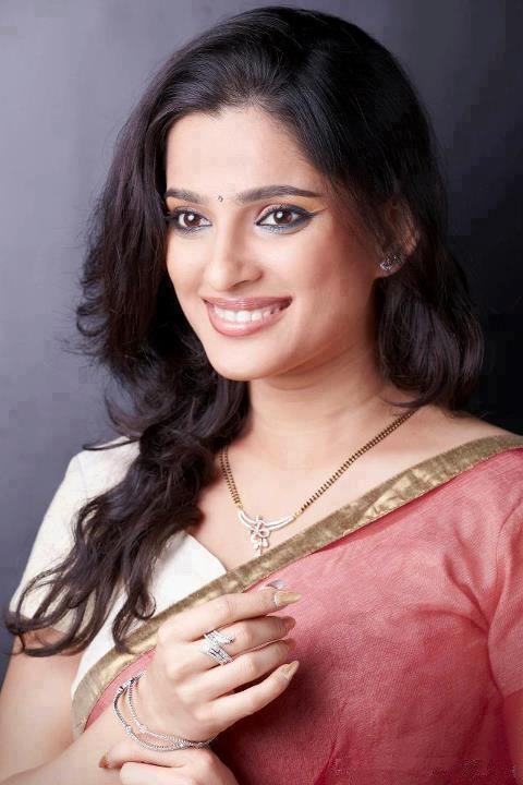 Nice popular marathi film actress priya bapat, worked in Me Shivajiraje Bhosale Boltoy, Kaksparsh.