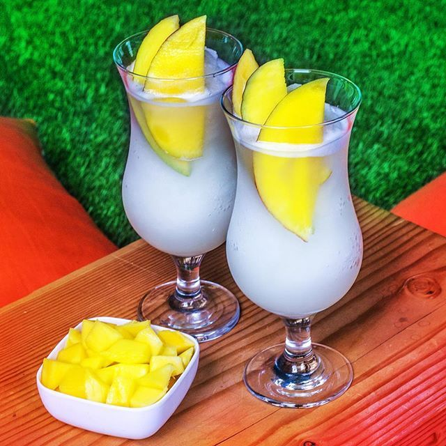 #FirstDayofSummer #TurnUp #SVEDKA #MangoPineapple #Vodka #FrozenCocktail #cocktails #HOWTOSVEDKA