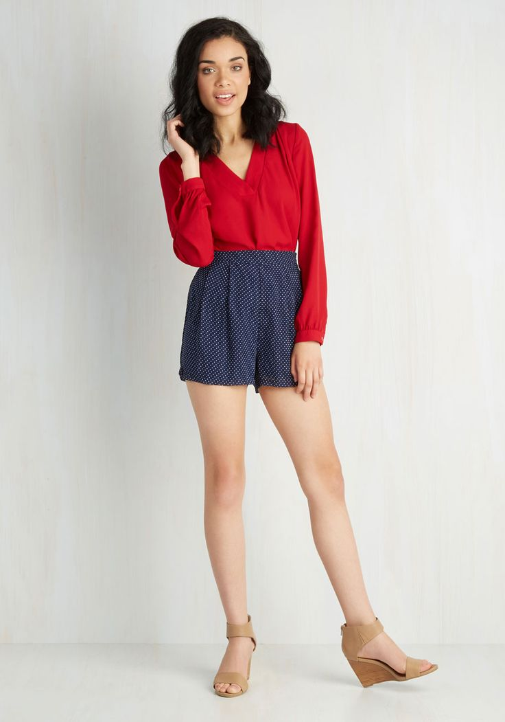 Culottes of Personality Shorts. New friends will know youre a keeper before you even make a peep, for these navy-blue culottes by Sugarhill Boutique show youre cute as can be! #blue #modcloth