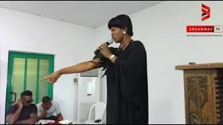 Stephanie Okereke Linus Speaks in Tongue as she pray for Eucharia Anunobi on her sons burial