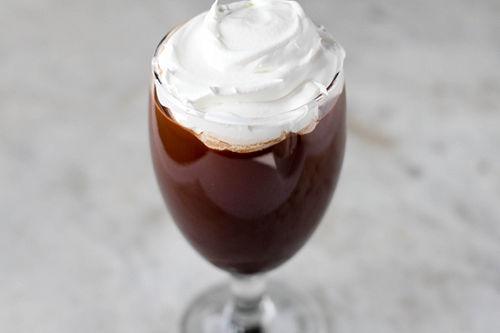 Cómo hacer un café irlandés - wikiHow