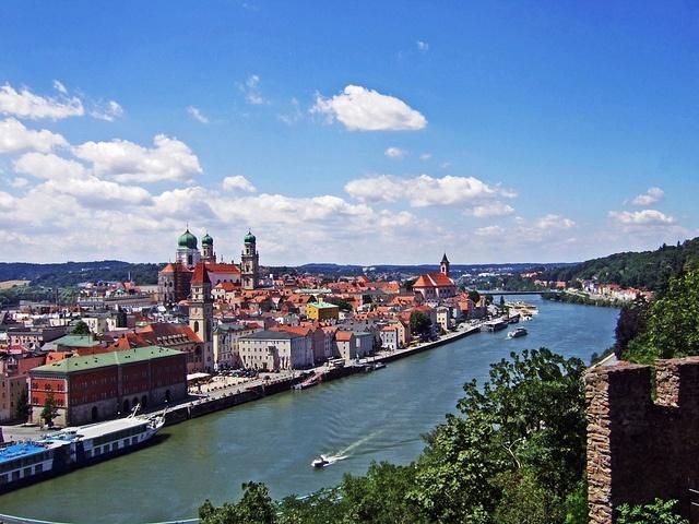 Escape Travel     Passau Bavaria, Germany