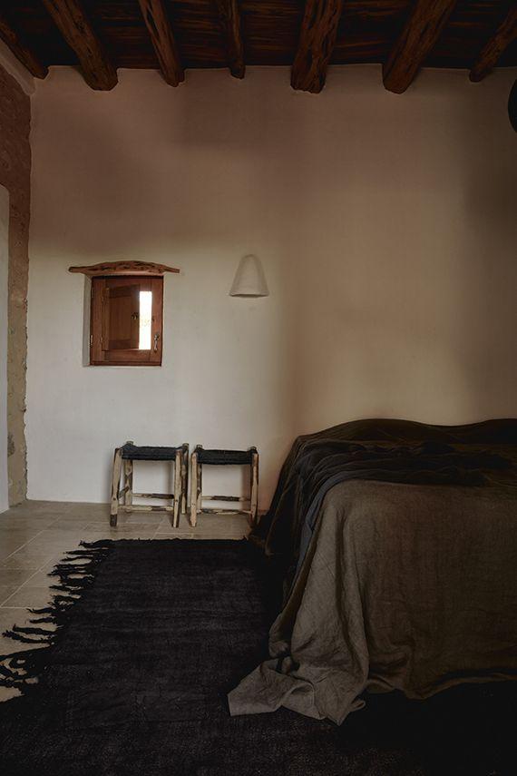 Modern rustic bedroom by Annabell Kutucu