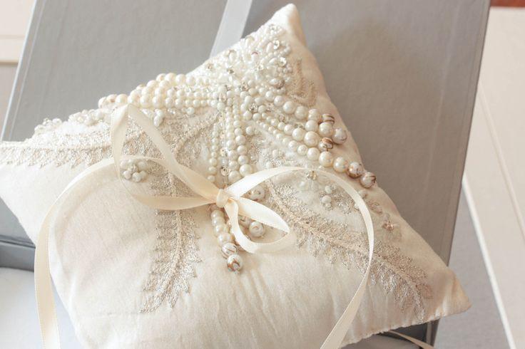 Fall leaf ivory Ring Bearer Pillow | MillieIcaro