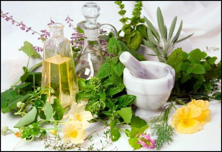 Домашний очищающий тоник для лица из чабреца и семян фенхеля