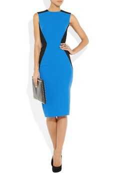 Victoria Beckham dress~ I love the color blocking and the use of the black on the sides for slimming effects!