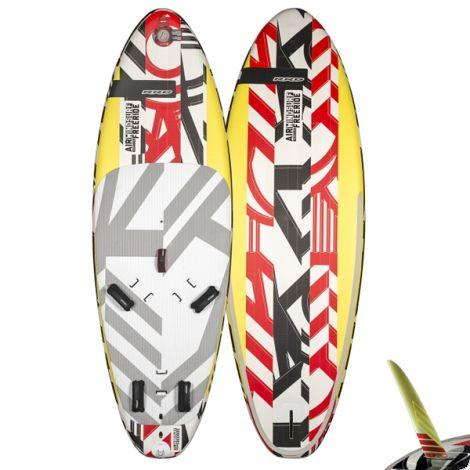 RRD Airwindsurf Das erste aufblasbares Freeride Windsurfboard von RRD mit dem man ins Gleiten kommt. Wir sind besonders stolz auf diese Board, da es mehr als einen Prototyp brauchte, mehr als 1000 Stunden harter Arbeit bei der Gestaltung, Formgebung, Test usw. in Anspruch genommen hat. Ein unschlagbares Board setzen, dass jeden begeistern wird wenn es gleitet, beschleunigt und seine unglaubliche Höchstgeschwindigkeit erreicht! Speziell fürs Freeriden ist dies der erste Schritt auf...