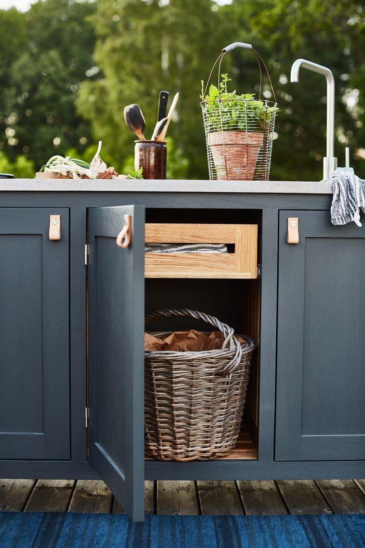 Vem vill inte ta med sig köket ut och skapa ett praktiskt och härligt uterum…