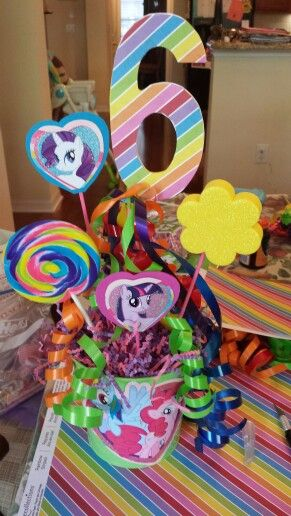 My Little Pony centerpiece                                                                                                                                                                                 Más
