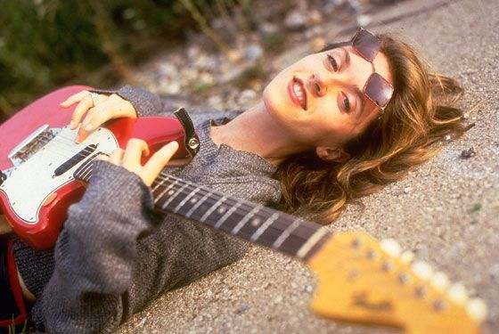 Liz Phair on 'Guyville' and the Secret to a Successful Topless Photo Shoot -- Vulture    http://www.vulture.com/2008/06/liz_phair_on_going_back_to_guy.html