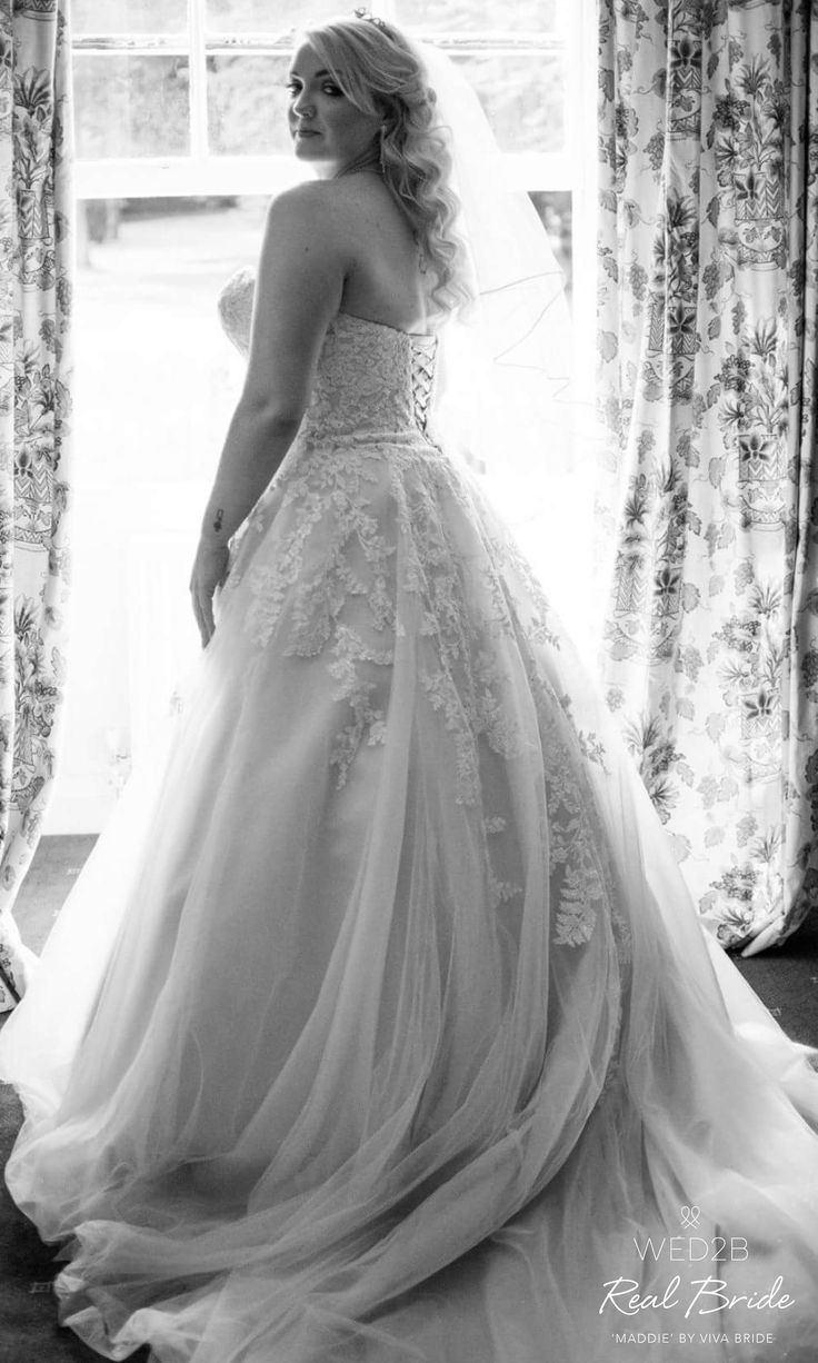 How stunning is our WED2B real bride Holly wearing the sensational 'Maddie' wedding dress by Viva Bride? 💘 ❤️  Please share your photos with us by emailing helena.jackson@wed2b.co.uk