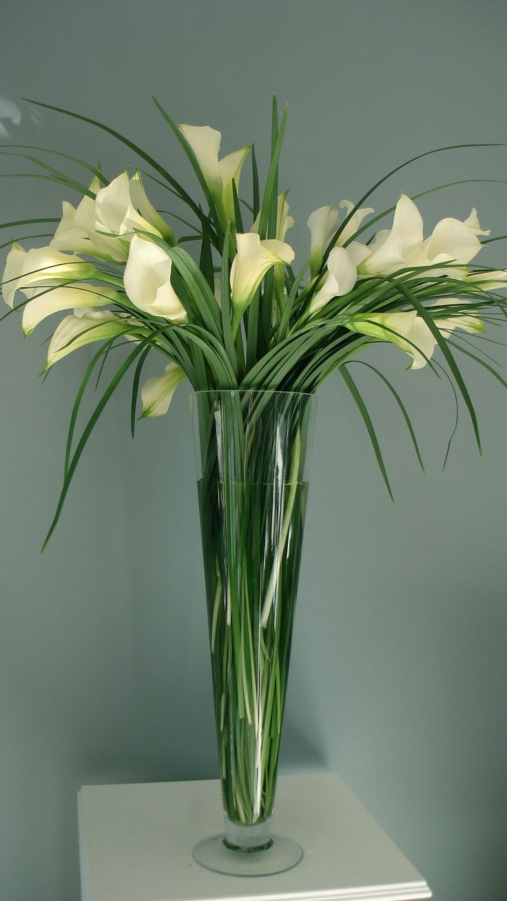 calla lillie and grass centerpiece - Calla Lily Flower