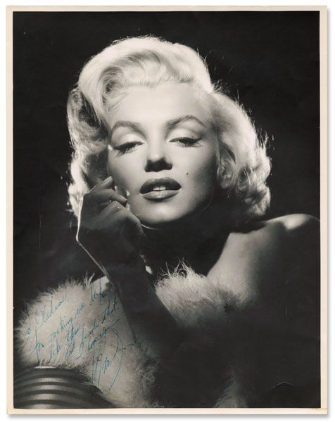 marilyn monroe vintage pinterest. Black Bedroom Furniture Sets. Home Design Ideas