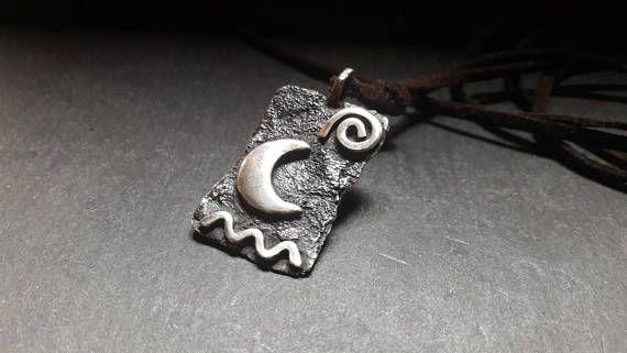 Guarda questo articolo nel mio negozio Etsy https://www.etsy.com/it/listing/555527217/ciondolo-realizzato-in-rame-e-argento